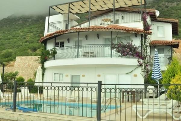 Paradise Kalkan Villaları