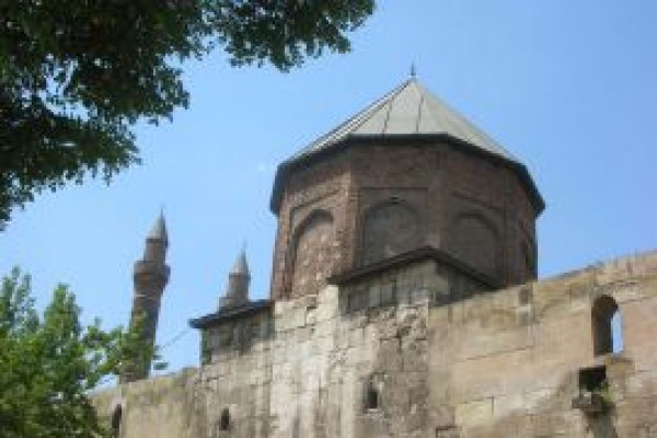 �ifaiye Medresesi