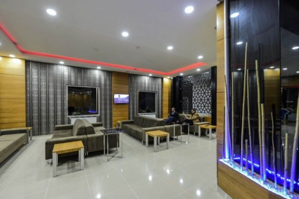 Grand S�rmely Hotel