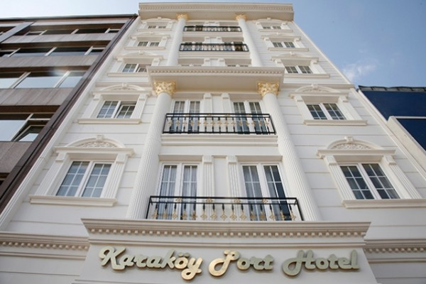 Karak�y Port Hotel