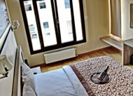 Rag�p Pa�a Apartments