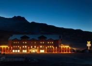Magna Pivot Hotel
