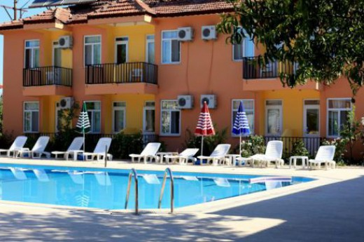 Greeneye Hotel