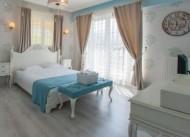 Room Room Boutique Hotel
