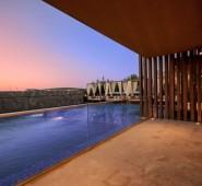 Encoreist Hotel & Lounge