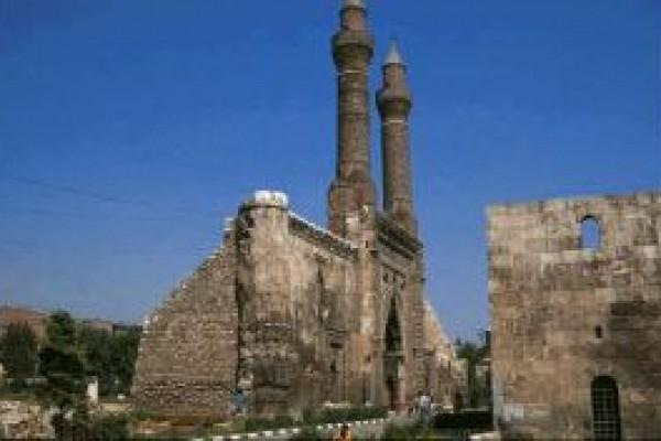 Sivas �ifte Minareli Medrese