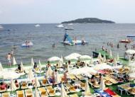 Naki Bey Plaj� & Otel