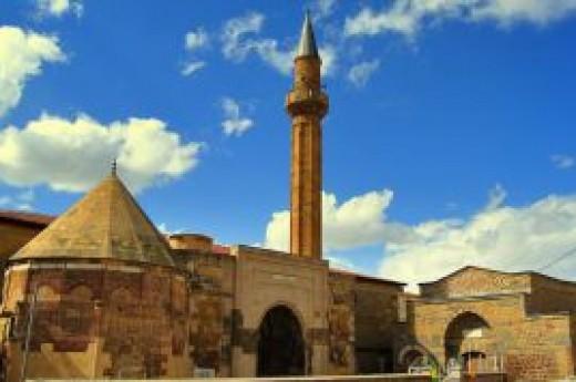 Ni�de Sungurbey Camii
