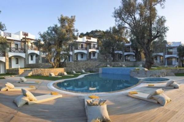 le jardin d 39 oliviers yalkavak yalkavak bodrum en uygun fiyat. Black Bedroom Furniture Sets. Home Design Ideas