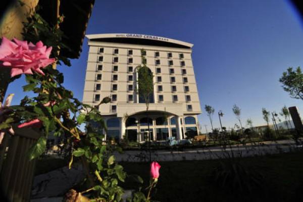 A�r� Grand Cenas Hotel