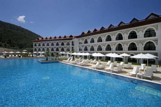 Ramada Resort Akb�k