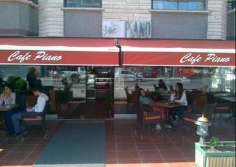 Cafe Piano