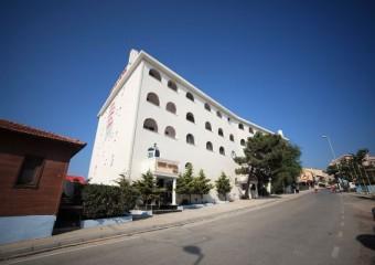 �eref Hotel �ile