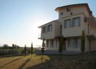 Villa Cypress