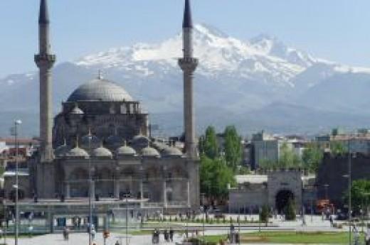 B�r�ng�z Camii