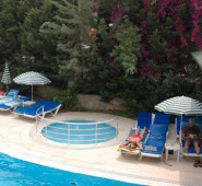 Hera Beach Otel