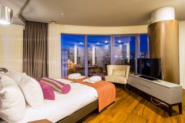Eight Days Hotel İstanbul