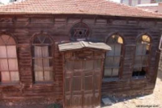 ��tipol Sinagogu