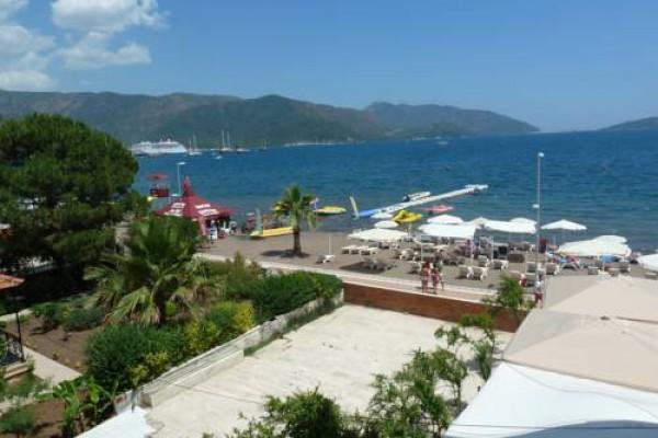 La Vita Beach Hotel