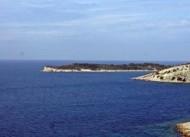 Garip Adası