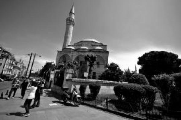 Firuz A�a Camii