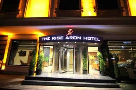 The Rise Aron Hotel