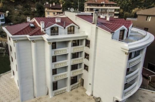 White Tuana Hotel