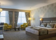Royal Hotel �neg�l