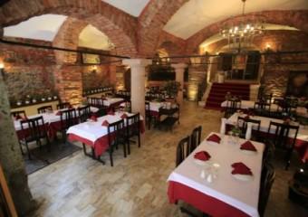 Kumkap� Tonoz Restaurant