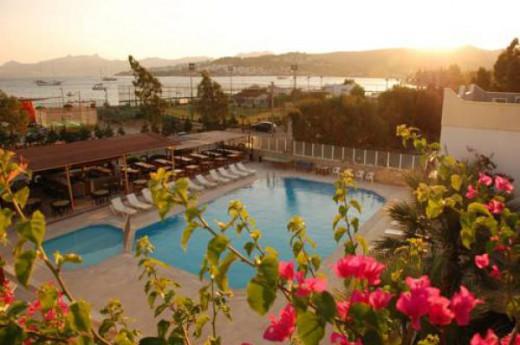 Chronos Beach Hotel