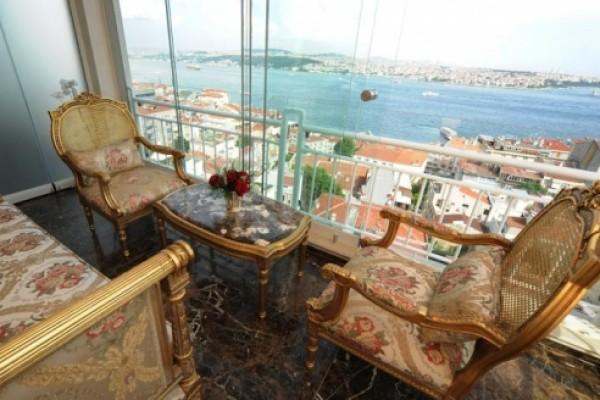 Maroon �stanbul Bosphorus
