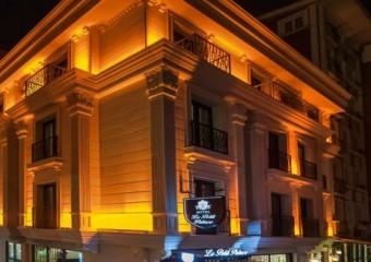 Le Petit Palace Hotel