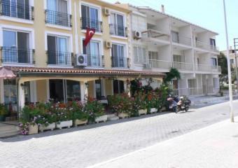 Yal� Hotel Fo�a