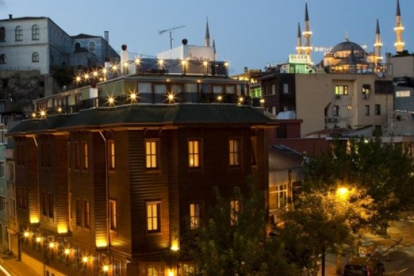 GLK Premier The Home Suites & Spa