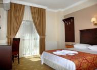 Hotel Grand �mit