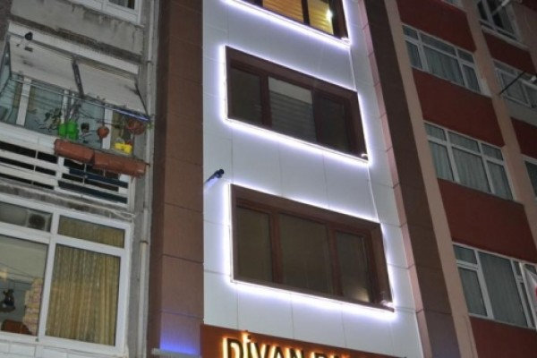 Divan Palace 2