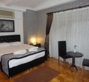 10 Suites