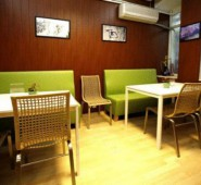 Hush Hostel Lounge