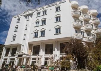 Oliv Hotel