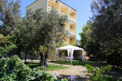 Otel Selina
