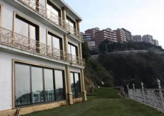 Bab-ı Zer Hotel