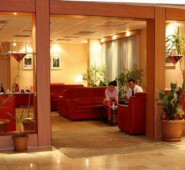 Grand �avu�o�lu Hotel