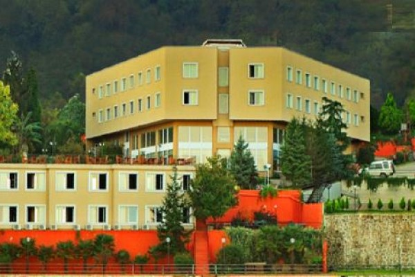 Bal�kta�� Hotel