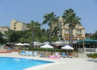 �z Flower Beach Otel