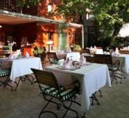 Rose Garden Hotel �stanbul