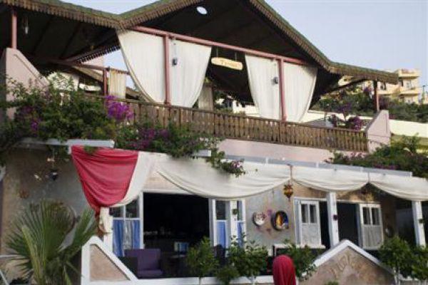 Hotel Lumiere