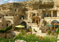 4 Oda Cave House