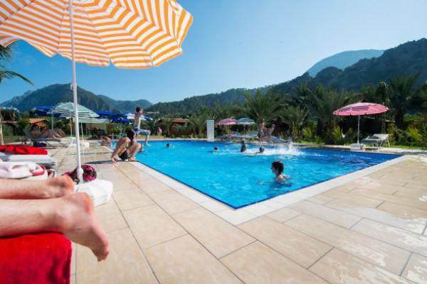 Azur Hotel