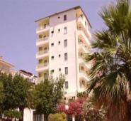 Talat Otel Kuşadası