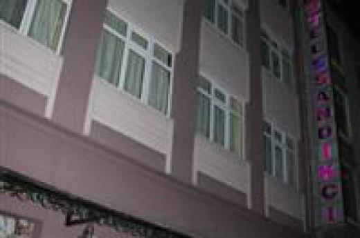 Sand�k�� Otel